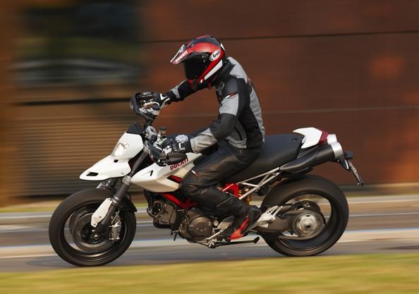Ducati Hypermotard 1.100