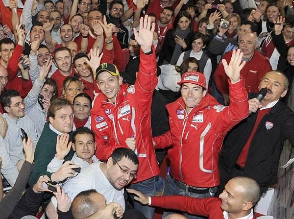© Ducati - Valentino Rossi und Nicky Hayden wurden von den Fans begeistert gefeiert
