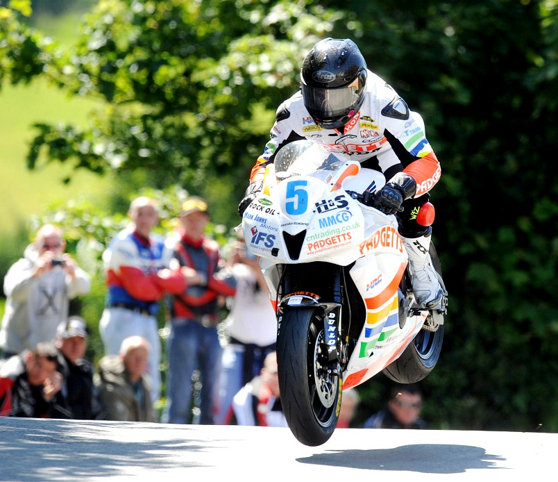 Bruce Anstey TT 2011 IOM Supersport Klasse
