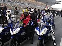 © Yamaha - orge Lorenzo war mit einer Yamaha R15 auf dem Kurs in Noida unterwegs
