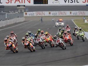 MotoGP Starterfeld © Bridgestone