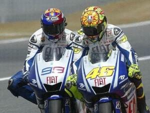 © Yamaha Jorge Lorenzo vs Valentino Rossi