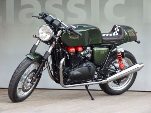 Metisse Triumph CR900