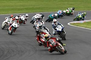 © www.superbike-idm.de - 14.700 Zuschauer erlebten Motorrad-Spektakel auf dem Lausitzring