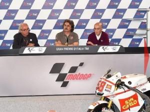 © FGlaenzel - Von links nach rechts: Vittorio Ippolita, Paolo Simoncelli und Carmelo Ezpeleta