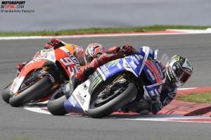 © Yamaha Motor Racing Srl - Jorge Lorenzo führte das Rennen rundenlang vor Marc Marquez an