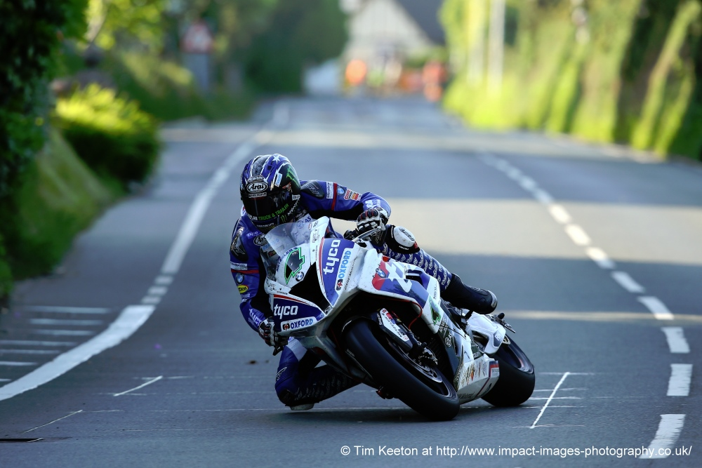 Ian Hutchinson - © Tim Keeton at http://www.impact-images-photography.co.uk/