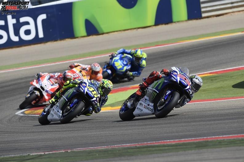 Jorge Lorenzo, Valentino Rossi - © Yamaha