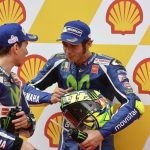 Valentino Rossi, Jorge Lorenzo - © Yamaha