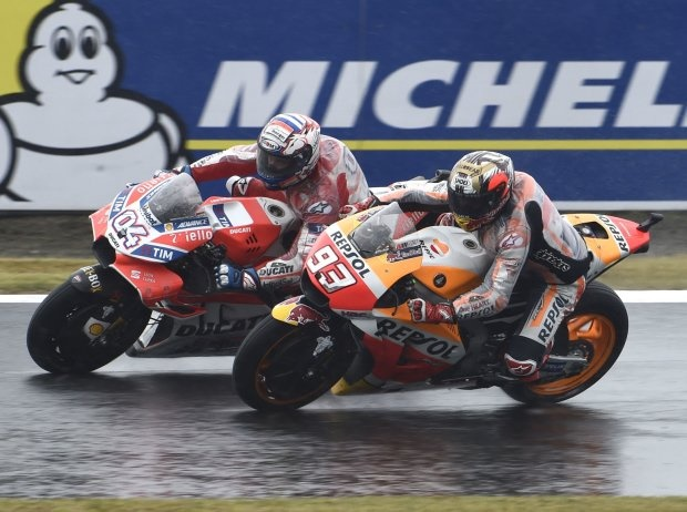 Marquez vs Dovizioso - © LAT
