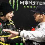 Valentino Rossi und Lewis Hamilton - © Monster Energy