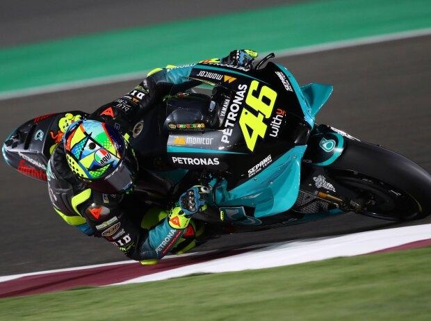 Rossis Debüt in Petronas-Farben: