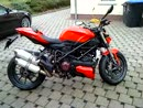Ducati Streetfighter mit offener Kupplung