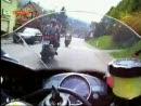 Selbstjustiz: Wahnsinniger mit Hammer vs Motorrad - Anwohner gegen Motorradfahrer