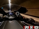 AkraPorn: Yamaha R1 - Speed Soundtrack Crossplane Akrapovic im Tunnel - Leinwand!