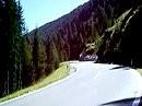 Kurvenspass in den Dolomiten