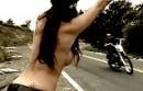 Anhalterin - blank ziehen und Du wirst mitgenommen! - Born Free 2011
