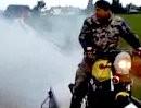Kommando Vollgas: Burnout auf fahrendem Anhänger