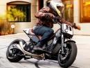 Arg böser Motorroller Yamaha TMAX 530ccm von Roland Sands: MadTMax