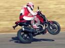 Artgerecht gezündet: Ducati Monster 1200 R Racing Spirit