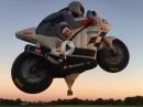 Artgerecht in die Luft gehen: Superbike Heißluft Ballon