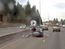 Auffahrunfall: Warum fährt das Auto nach dem Crash weiter? Nix gemerkt?