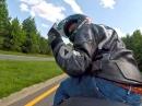 Ausraster Motorradfahrergruß: Stell Dir vor keiner grüßt zurück