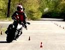 Ausweichen NACH Abbremsen: Motorradführerschein Grundfahraufgabe
