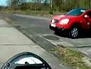 Ausweichen OHNE Abbremsen: Motorradführerschein Grundfahraufgabe