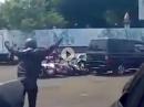 Auto Crash - abgeräumt Typ Domino: Ich hab nix gesehen, wirklich nicht!