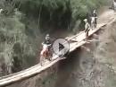Baufällig Brücke - Extrem Enduro - wer traut sich?