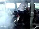BB = Bus Burnout - es gibt sicherlich bessere Plätze für einen Burnout, aber ...