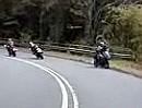Beinahe Motorrad Frontalcrash in einer Kurve