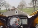 Beinah Crash: Kommt der Traktor quer zur Bahn, scheisse wenn gespannt der Hahn