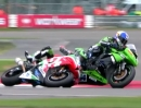 Beinhartes Manöver: Sofuoglu vs Lowes: Crash Silverstone SSP 2013