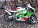 BikePorn Kawasaki ZXR750 J/K