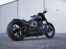 """BikePorn """"Iron Assassin"""" CVO Pro Street Breakout von Thunderbike"""
