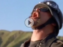 Blowjob oder Verarsche? Harleyfahrer dreht durch: Crash Kultszene Sweetest Thing