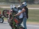 Massenwheelie-Bewegung: Blox Starz - TX Crash Street Ride 2010