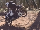 BMW R 1200 GS Flugshow nahe am Crash - geiler Save