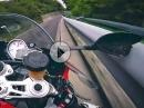 BMW S1000RR am Limit. Außenspiegel trifft Leitplanke