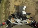 BMW S1000RR Crash Kernschrott: Sie fliegt, und fliegt und ...