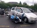 BMW S1000RR Crash, Linksabbieger zieht raus, Abflug über Motorhaube