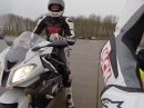 BMW S1000RR - Neu (15) vs. Alt (14) Leistungstest, Topspeed via MCN