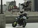 Breakdance Backflip - Breakdancing trifft Stunt Riding