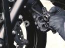 Bremsbeläge am Motorrad wechseln -  Louis Tutorial