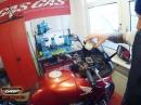 Bremsflüssigkeit beim Motorrad wechseln - Tutorial GRIP - BIKE EDITION