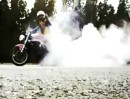 Burnout mit Speed Triple