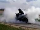Burnout Honda CBR1000RR 'bis nan zreisst'