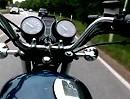 Motorrad Kameratest - Kamera um den Bauch gebunden
